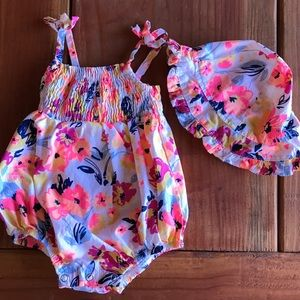 Other - Baby girl floral one piece w/ matching sunhat